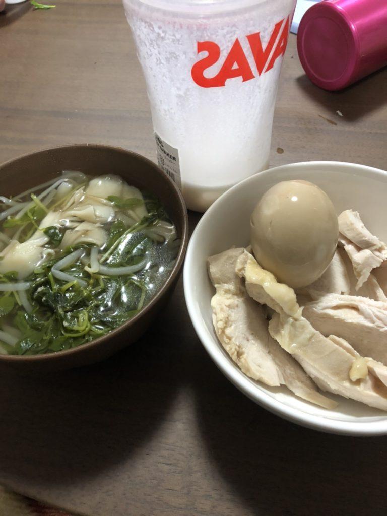 ある日の夕ご飯 スープと卵プロテイン